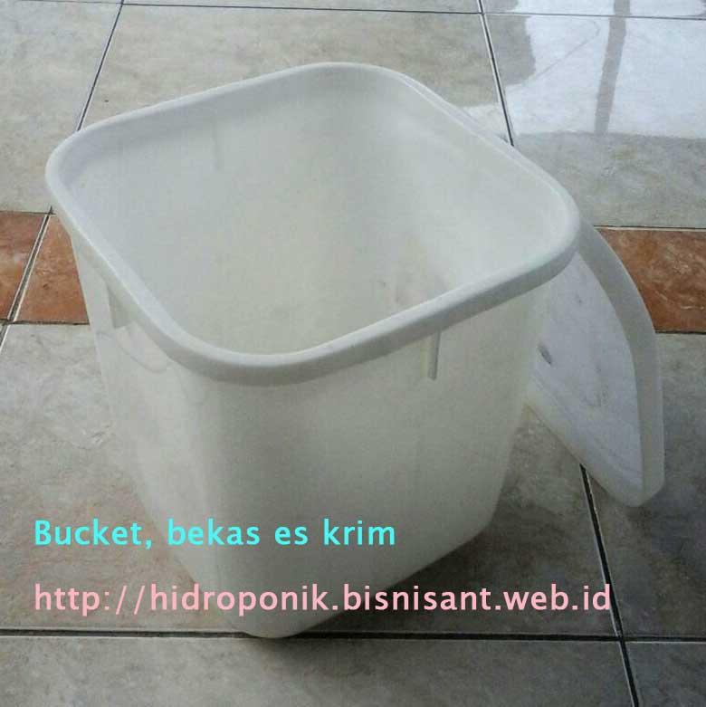 Box Es krim Bekas untuk bucket hidroponik